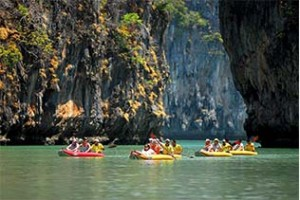 Kayaking as Phuket Weather in December is safe and secure